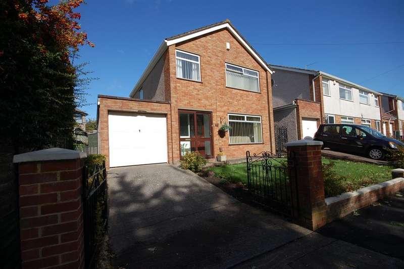 3 Bedrooms Detached House for sale in Dundridge Lane, St George, Bristol, BS5 8SR