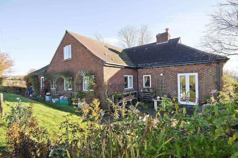 4 Bedrooms Detached Bungalow for sale in How Caple