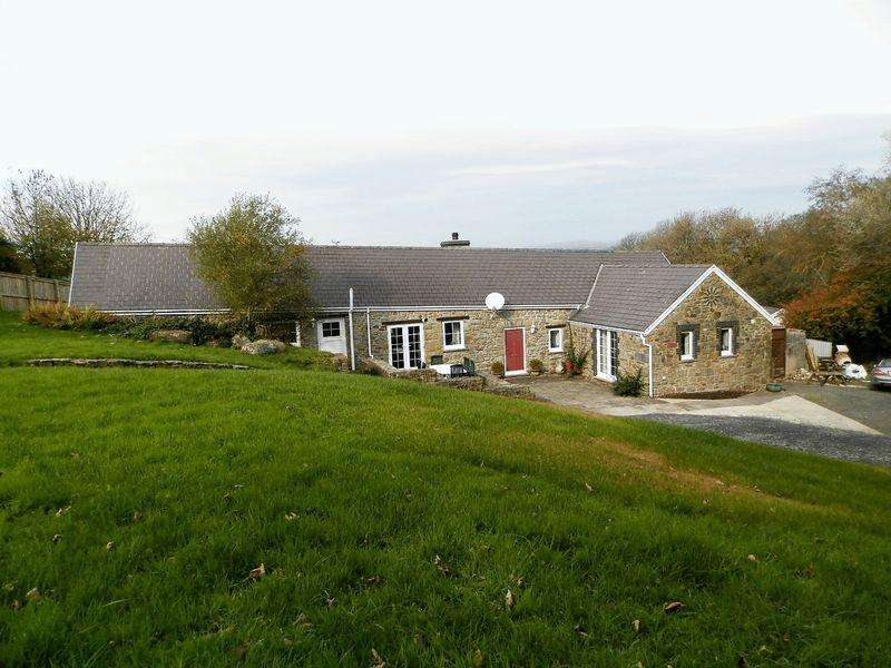 3 Bedrooms Barn Conversion Character Property for sale in Tavernspite, Whitland