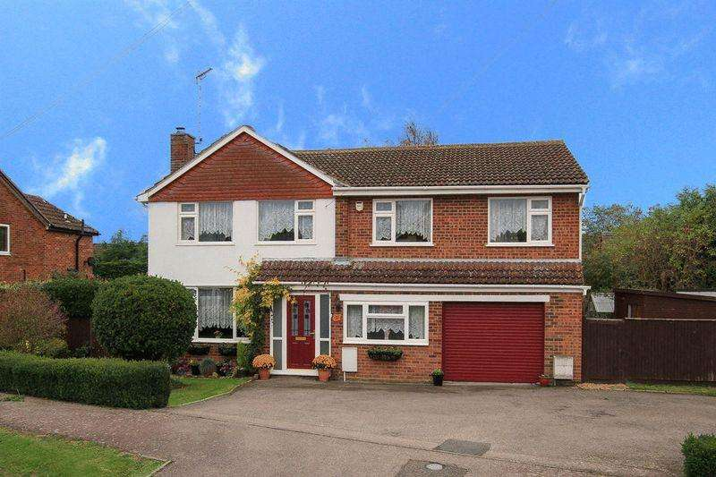 4 Bedrooms Detached House for sale in Cheddington