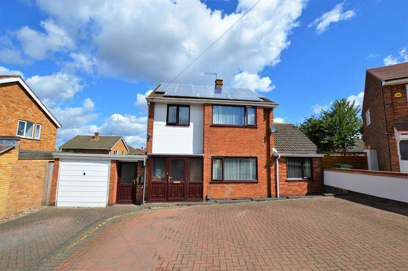 3 Bedrooms Detached House for sale in Homestead Drive, Wigston, LE18 2HP