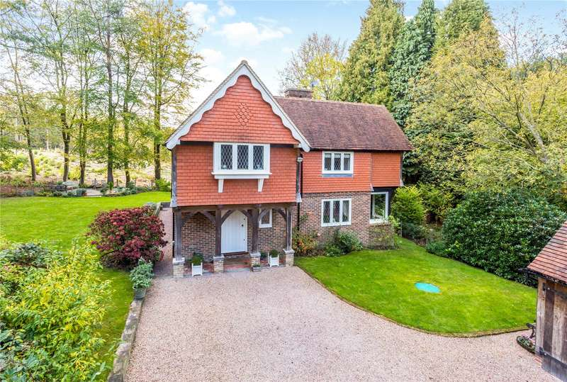 4 Bedrooms Detached House for sale in Lye Green, Crowborough, East Sussex, TN6