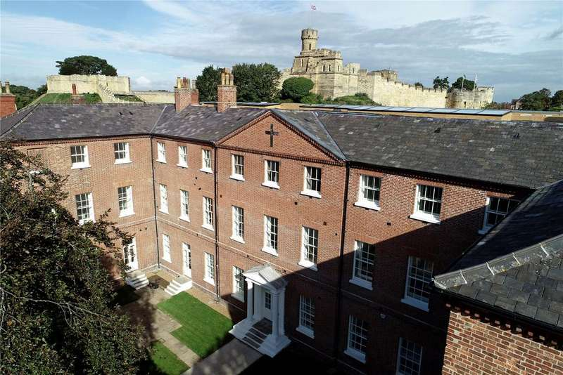 2 Bedrooms Flat for sale in Wordsworth Street, Lincoln, LN1