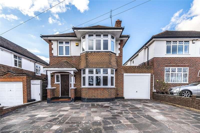 4 Bedrooms Detached House for sale in The Ridgeway, Ruislip, Middlesex, HA4