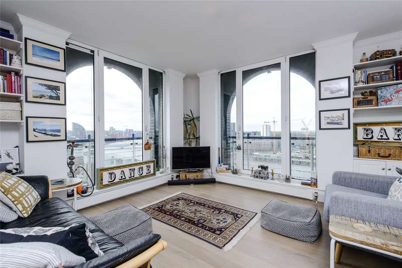 2 Bedrooms Flat for sale in Coral Row, Wandsworth, London, SW11