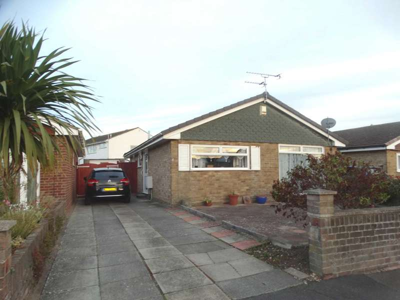 2 Bedrooms Detached Bungalow for sale in Raleigh Close, Eastbourne