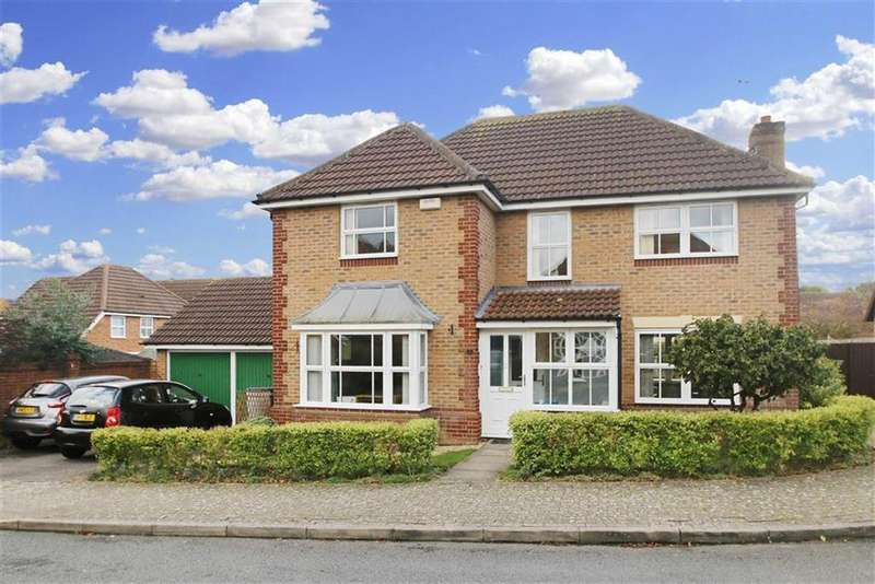 4 Bedrooms Detached House for sale in Blyth Court, Tattenhoe, Milton Keynes, Bucks
