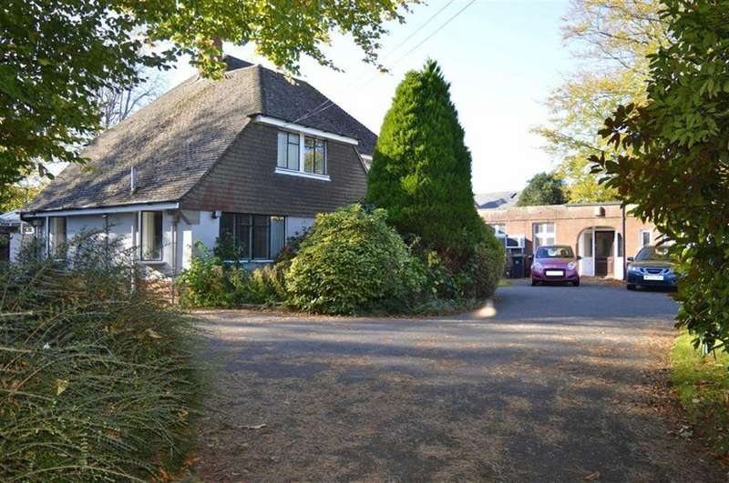 3 Bedrooms Detached House for sale in King Street, Wimborne, Dorset