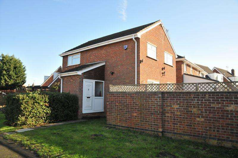3 Bedrooms House For Rent In Owl End Yaxley Peterborough Pe7