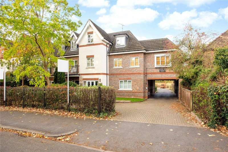 2 Bedrooms Flat for sale in Barbicus Court, Ray Park Avenue, Maidenhead, Berkshire, SL6