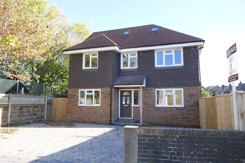 4 Bedrooms Detached House for sale in Baldwin Avenue, Old Town, Eastbourne, East Sussex, BN21