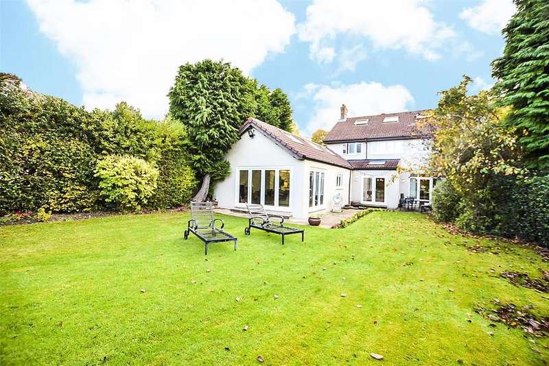 4 Bedrooms Detached House for sale in Whaggs Lane, Whickham, Newcastle