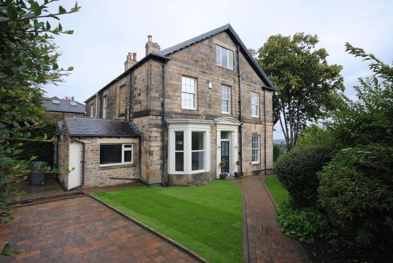 5 Bedrooms Semi Detached House for sale in 104 Ashdell Road, Broomhill, S10 3DB