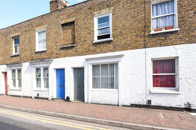 2 Bedrooms Terraced House for sale in Victoria Street, Windsor, Berkshire, SL4