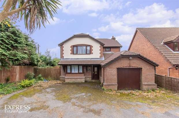 3 Bedrooms Detached House for sale in Ar Y Bryn, Pembrey, Burry Port, Carmarthenshire