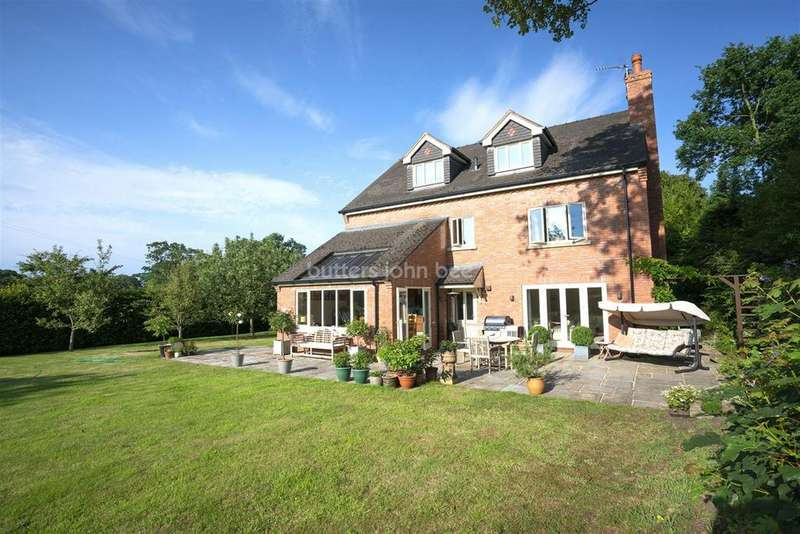 5 Bedrooms Detached House for sale in Astbury, CW12