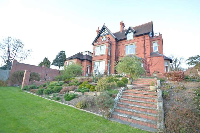 3 Bedrooms Apartment Flat for sale in 1 Chandlers Mansion, Kennedy Road, Shrewsbury SY3 7AB