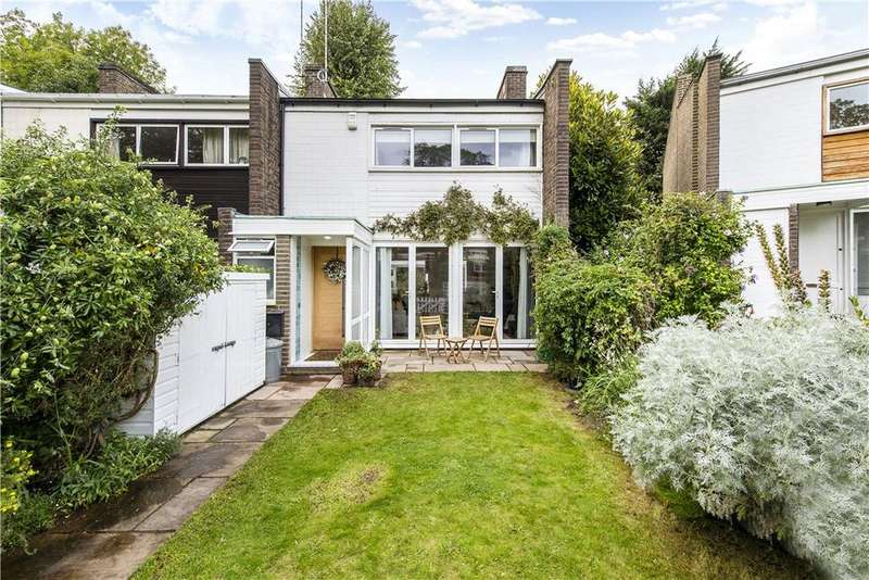 3 Bedrooms House for sale in Village Close, Belsize Lane, London, NW3