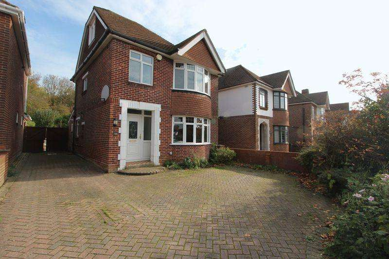 3 Bedrooms Detached House for sale in Wynter Road, Bitterne, Southampton