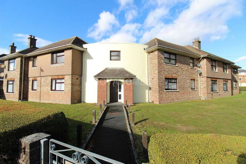 3 Bedrooms Flat for sale in Allocated Parking, No Chain, Spacious