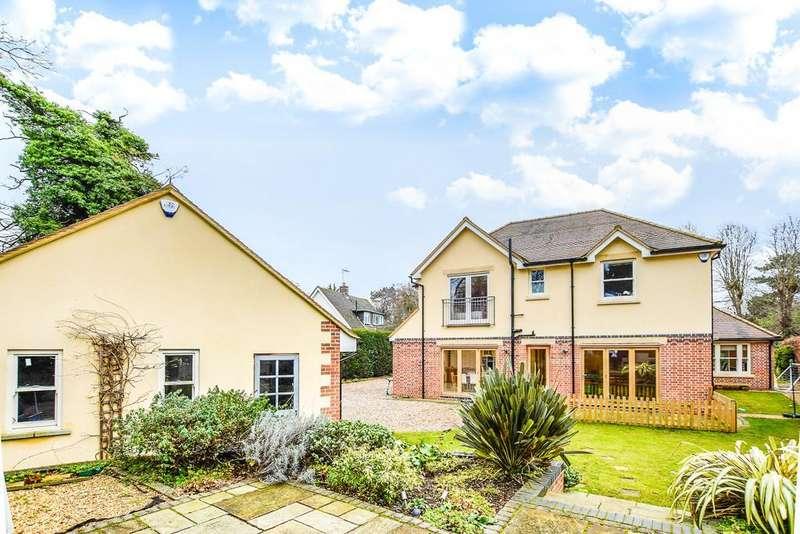 5 Bedrooms Detached House for sale in Warren Park Road, Hertford