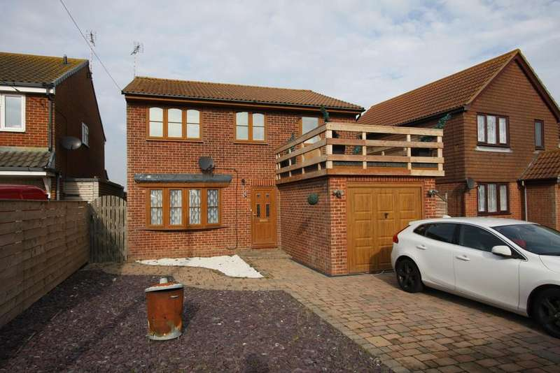 3 Bedrooms Detached House for sale in Normans Bay, Nr Pevensey Bay BN24