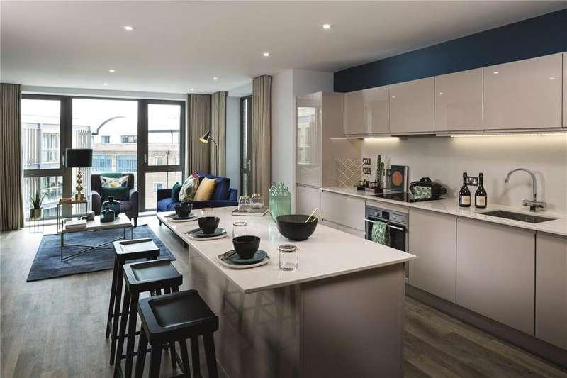 3 Bedrooms Flat for sale in Corio, Grange Walk,, London