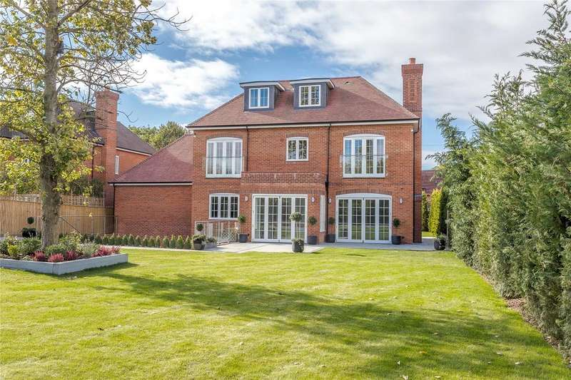 5 Bedrooms Detached House for sale in Brooklyn Lodges, Forest Road, Warfield, Berkshire, RG42