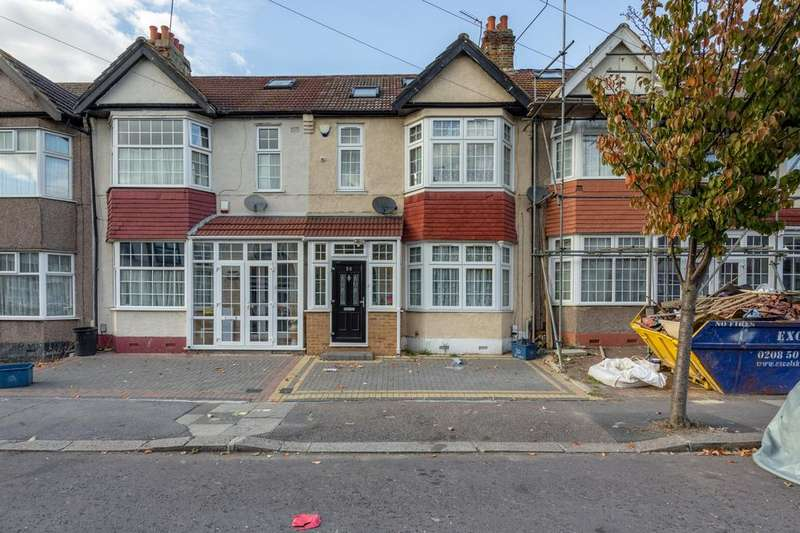 4 Bedrooms Terraced House for sale in St. Lukes Avenue, Ilford, Essex, IG1