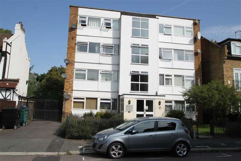 2 Bedrooms Flat for sale in Fairlawns, Chingford