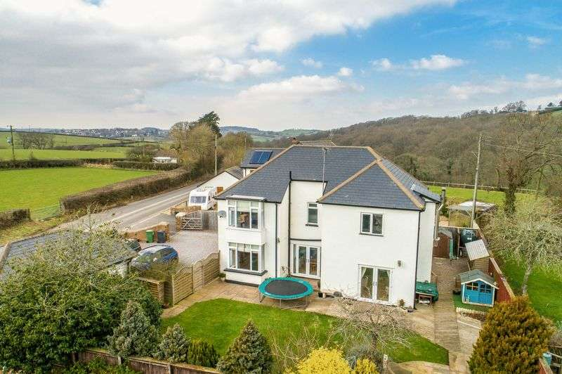 4 Bedrooms Property for sale in Exeter Road Tedburn St Mary, Exeter