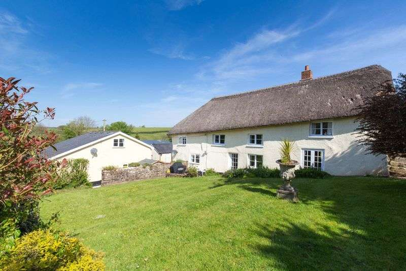 4 Bedrooms Property for sale in Black Dog, Crediton