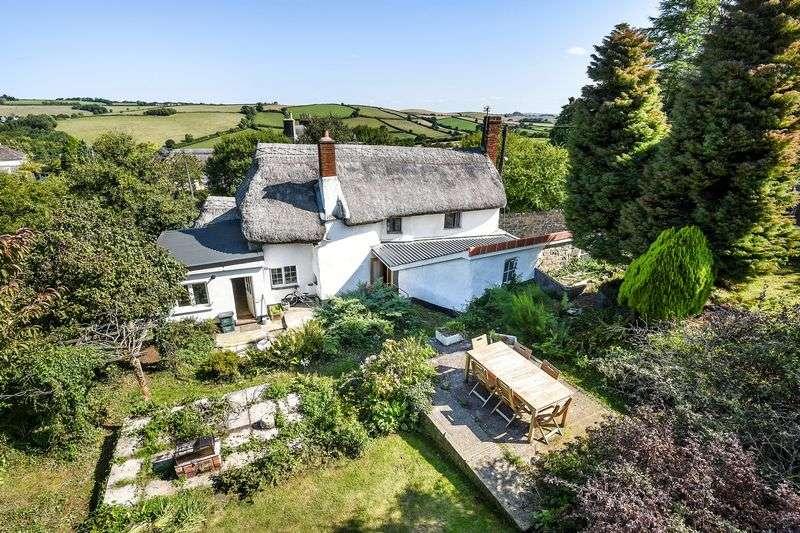 5 Bedrooms Property for sale in Drewsteignton, Exeter