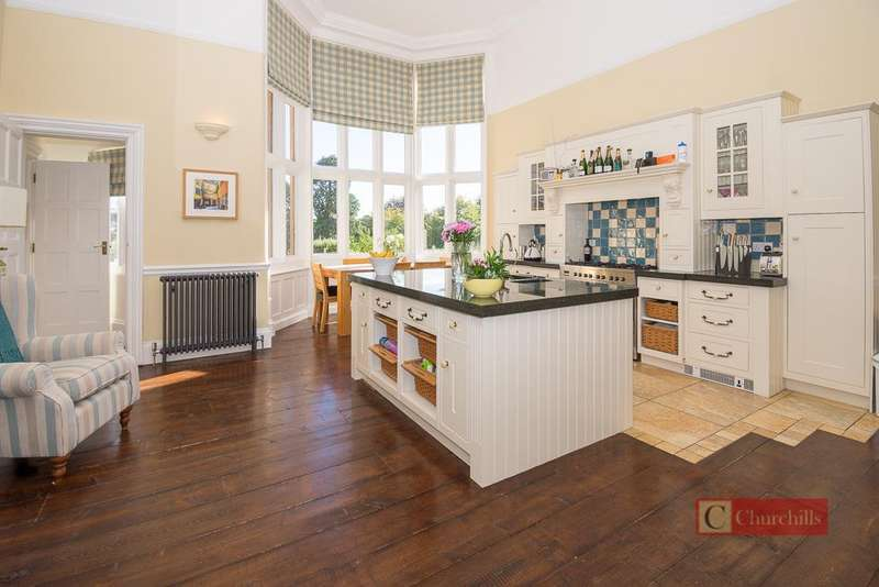 2 Bedrooms Apartment Flat for sale in Goldings, Hertford