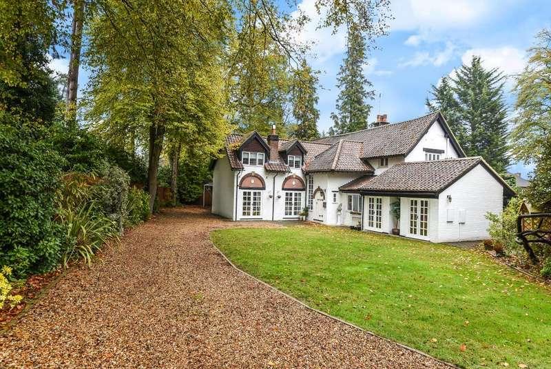 5 Bedrooms Detached House for sale in Grant Walk, Sunningdale, Berkshire, SL5