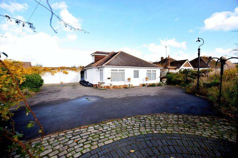 4 Bedrooms Chalet House for sale in Aston Clinton