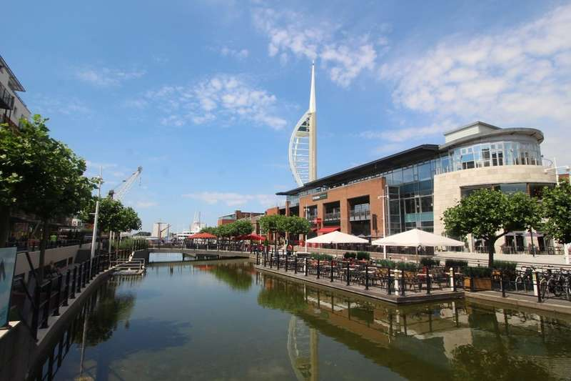 2 Bedrooms Flat for sale in The Canalside Gunwharf Quays, Portsmouth, PO1