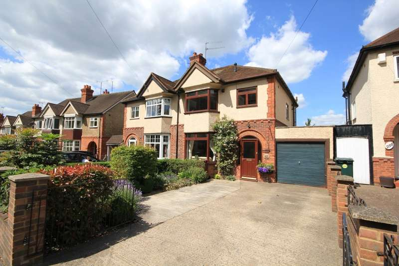 3 Bedrooms Semi Detached House for sale in Tilehurst Road, Reading, RG30