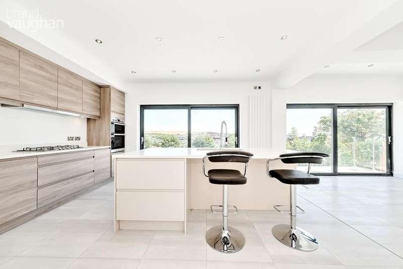 6 Bedrooms Detached House for sale in Lenham Avenue, Saltdean, Brighton, BN2