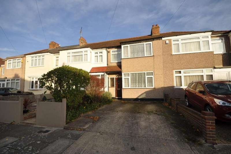 3 Bedrooms Terraced House for sale in Shirley Gardens, Hornchurch, Essex, RM12