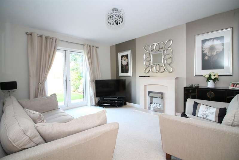4 Bedrooms Detached House for sale in Kittiwake Drive, Portishead, North Somerset , BS20 7PL
