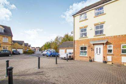 4 Bedrooms End Of Terrace House for sale in Crystal Way, Bradley Stoke, Bristol, Gloucestershire