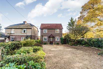 3 Bedrooms Detached House for sale in Woodlands, Southampton, Hampshire
