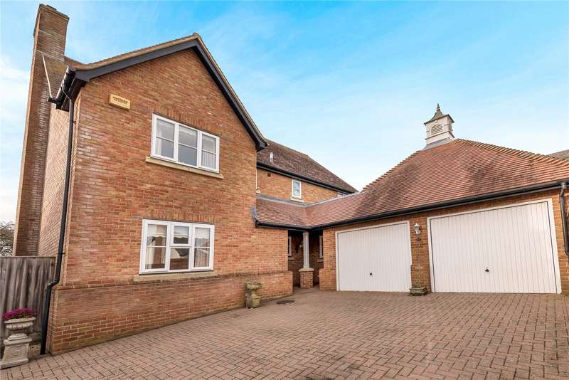 4 Bedrooms Detached House for sale in Woodlands, Hazelbury Bryan, Sturminster Newton, DT10