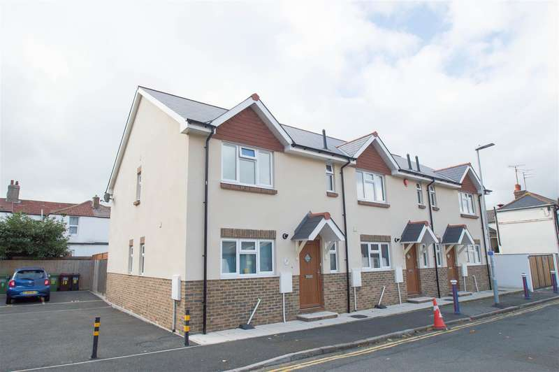 3 Bedrooms Terraced House for sale in St. James Road, Eastbourne