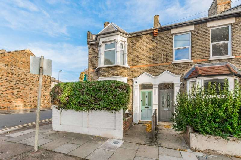 4 Bedrooms House for sale in Geere Road, Stratford, E15