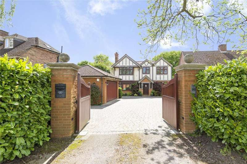 5 Bedrooms Detached House for sale in Ongar Road, Pilgrims Hatch, Brentwood, Essex, CM15