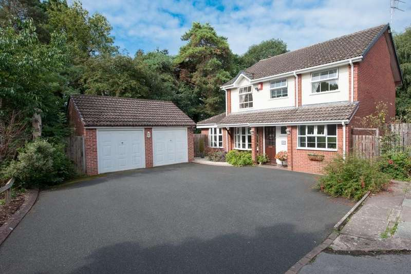4 Bedrooms Detached House for sale in Roundhill Close, Sutton Coldfield