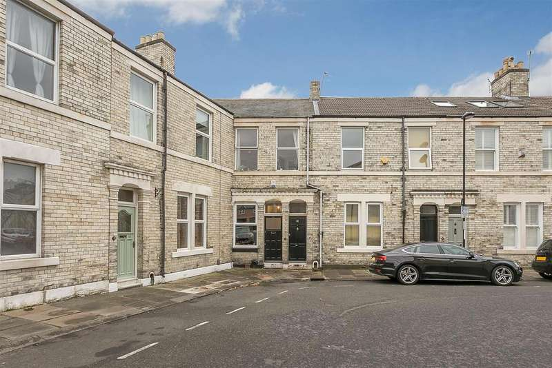 2 Bedrooms Flat for sale in Clayton Park Square, Jesmond, Newcastle upon Tyne