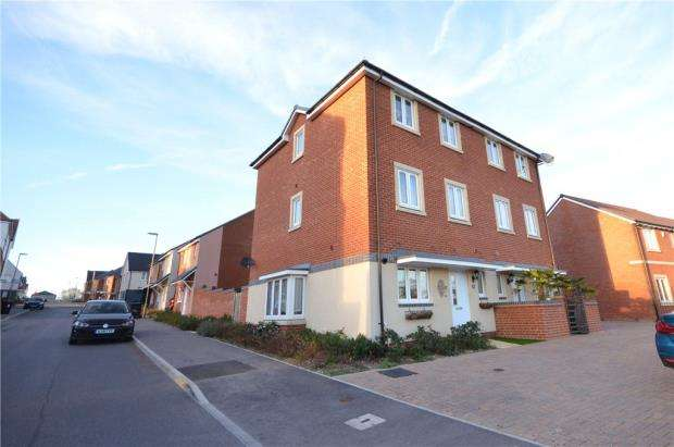 5 Bedrooms Semi Detached House for sale in St. Catherine Road, Basingstoke, Hampshire